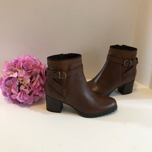Geox Respira Leather Lise ABX Brown ankle boots